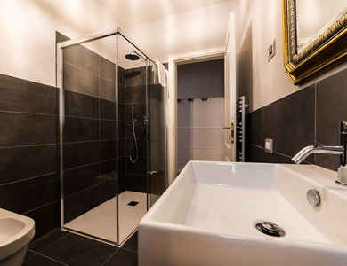 LUXURY APARTMENT TODESCAN - pubblicato da INTERIOR DESIGN +