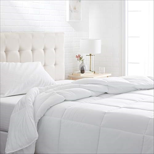 AmazonBasics Conscious Series DownAlternative Comforter with Recycled Poly Fill - Full/Queen